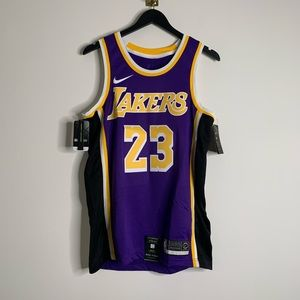 LeBron James Lakers Nike Swingman Jersey